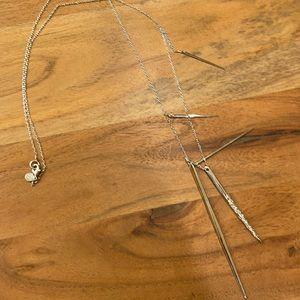 D designer silver necklace